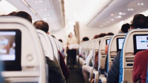 How to survive a long flight - Travelling to Australia